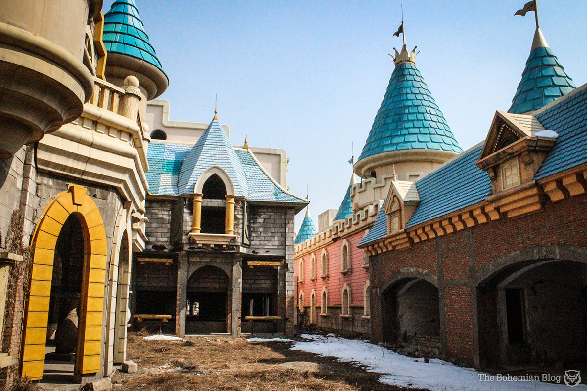 Wonderland Exploring China S Abandoned Theme Park