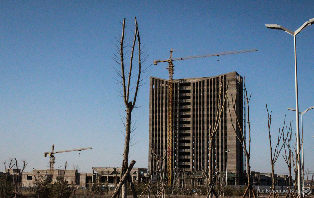 Ordos - China's Ghost City 18-DR