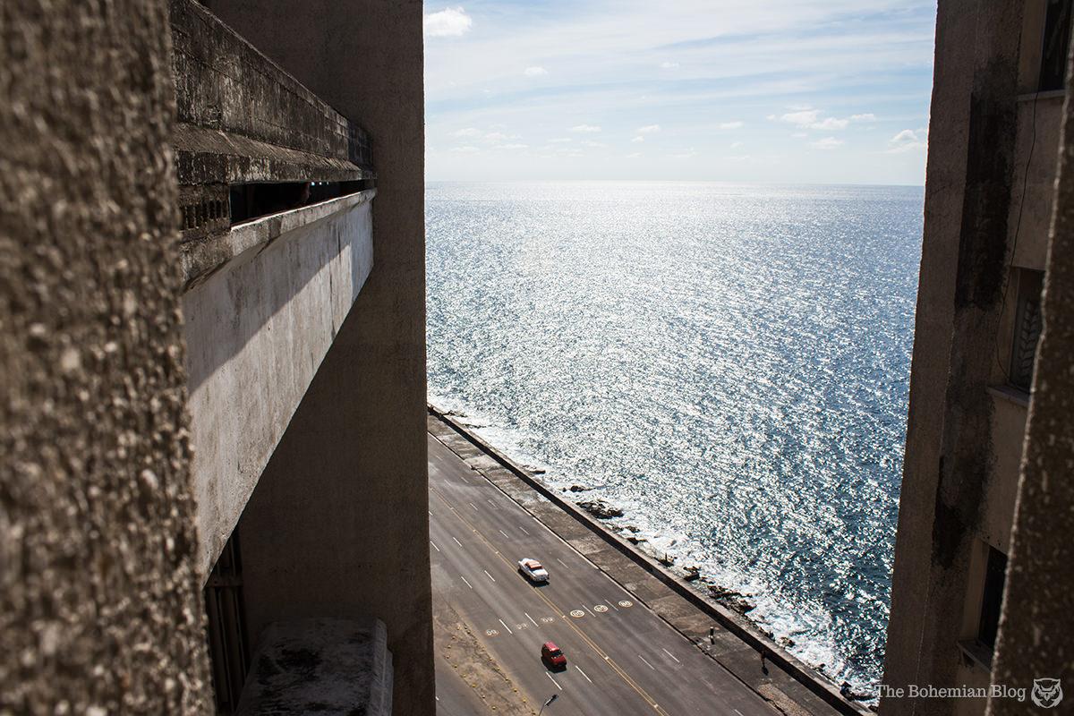 Looking down on the Malecón from somewhere around the 12th floor of Edificio Girón.