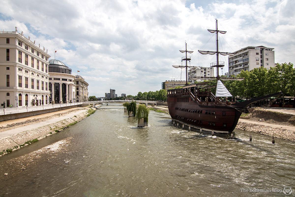 Pirates of the Vardar: A replica galleon built to serve as a restaurant.