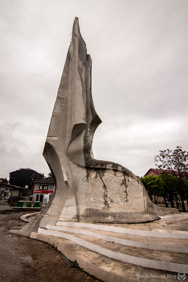 Monument to the Revolution at Struga, Macedonia (Vojislav Vasiljević, 1974).