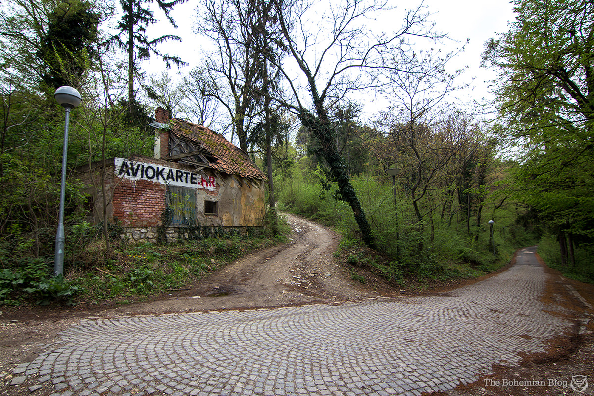 The turning to the villa, on the road from Zagreb to the peak of Medvednica.