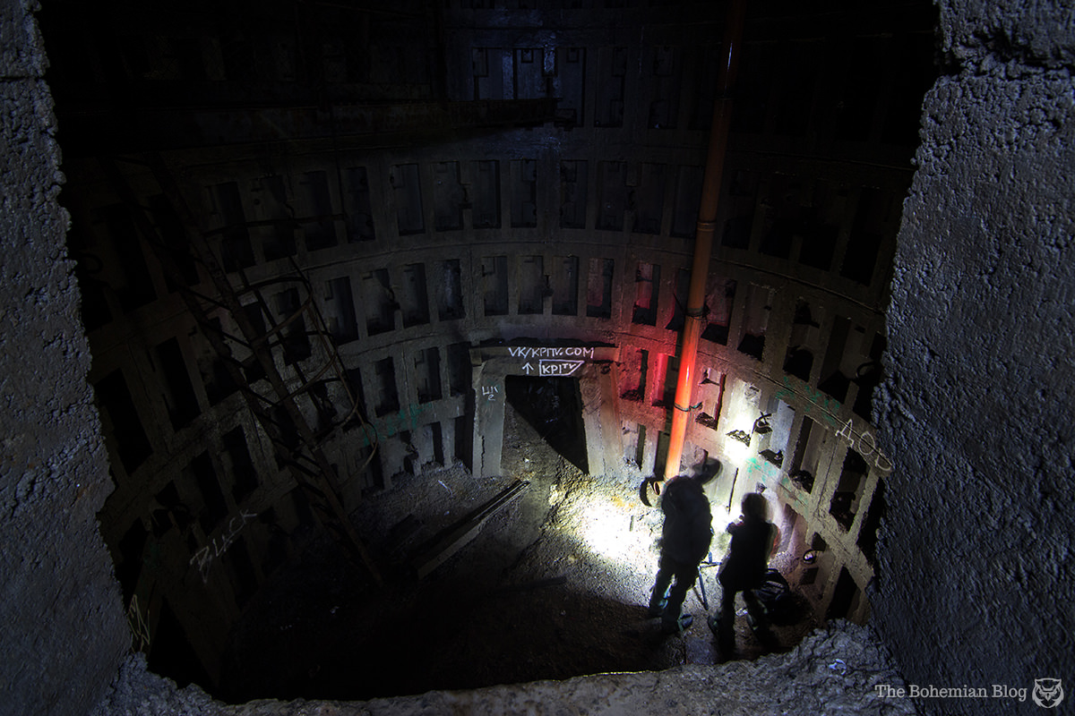 Maxim and Xiao light up the main shaft, while I went climbing...