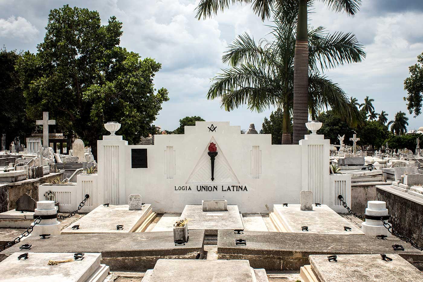 Memorial plot for 'Logia Union Latina': Necrópolis Cristóbal Colón, Havana, Cuba.