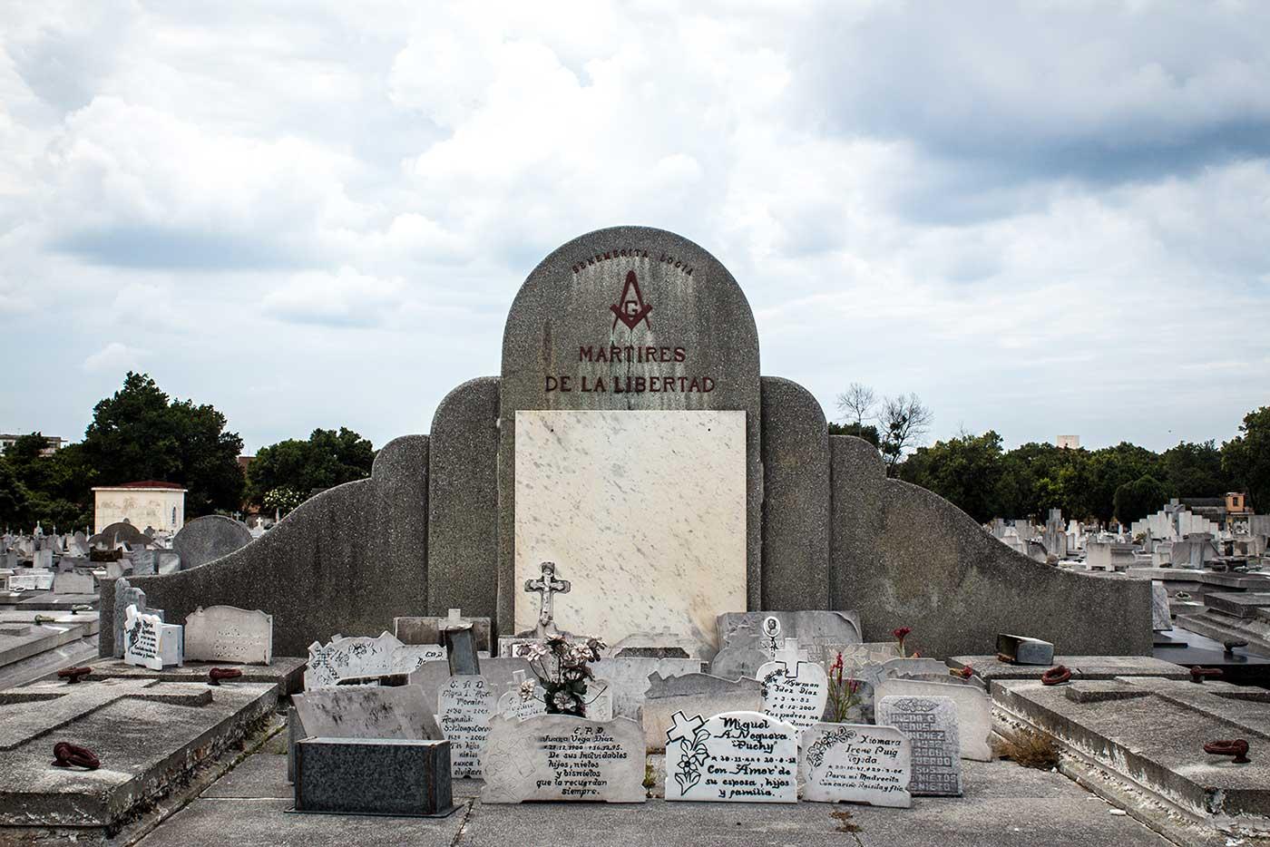 Memorial plot for 'Logia Mártires de la Libertad': Necrópolis Cristóbal Colón, Havana, Cuba.