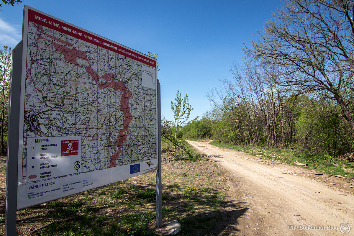 A slightly disconcerting signpost on the road from Banja Luka to Sanski Most. Location: right in the middle of the red zone.