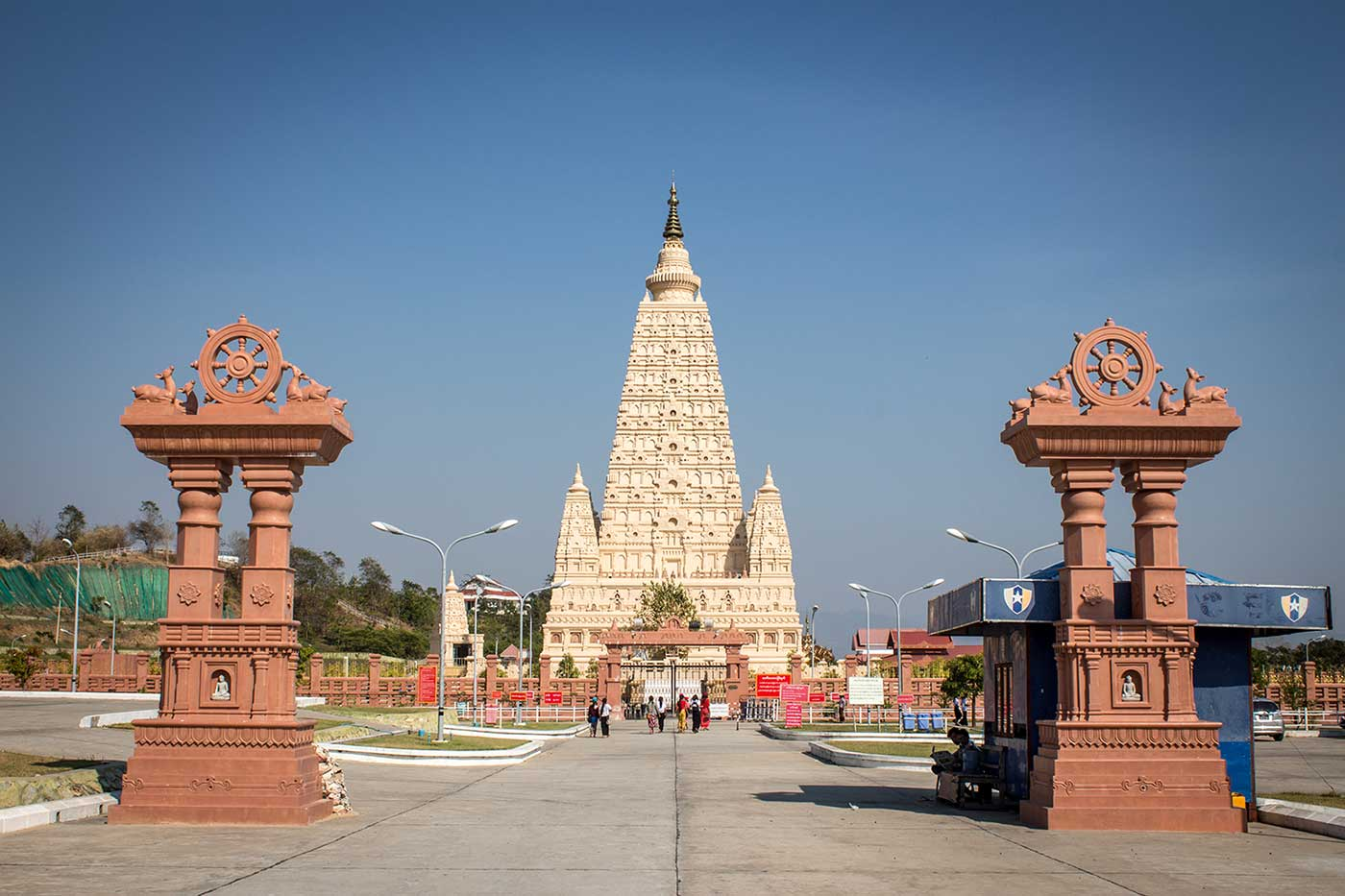 The Thatta Thattaha Maha Bawdi Pagoda enjoys a steady stream of visitors. It was built in 2013, modelled on a famous pagoda in India.