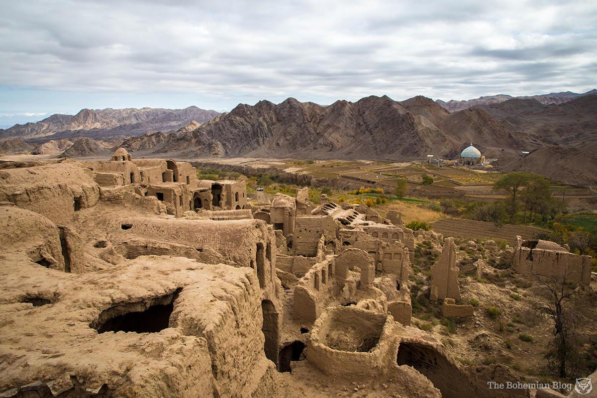 Iran-Kharanaq ghost town