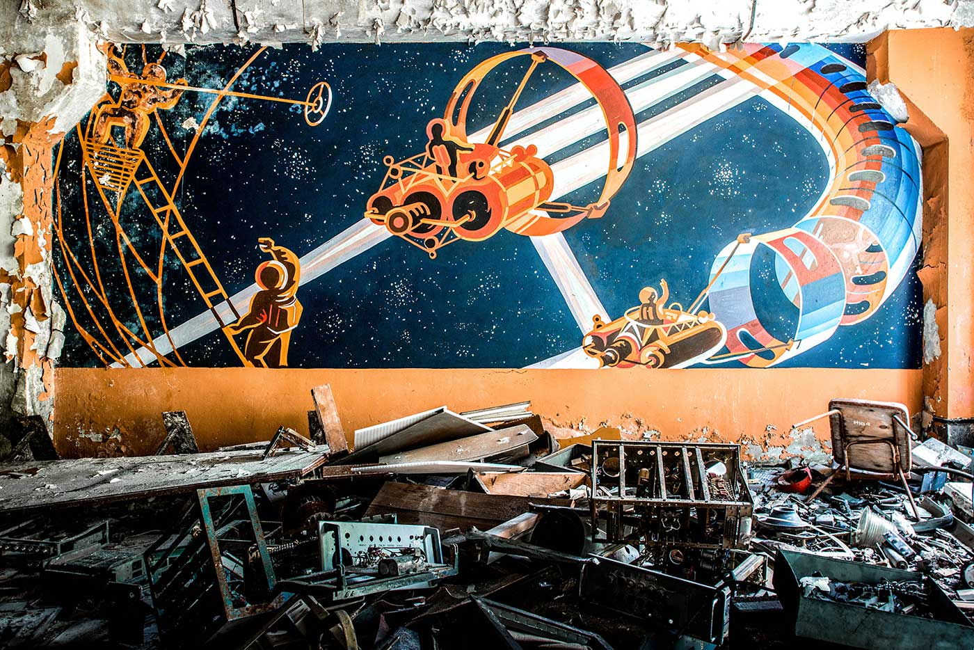 By the 1980s, much Soviet art and literature was preoccupied with the conquest of space. This colourful mural inside the Duga-1 radar control centre, near the Chernobyl NPP, depicts Soviet cosmonauts building an advanced future space station.